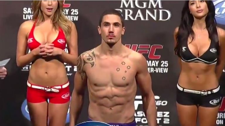 Robert Whittaker pulls out of UFC 221 as replacement fight is named