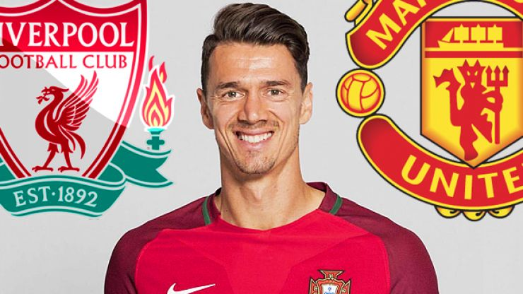 Jose Fonte transfer request gets Manchester United and Liverpool fans excited