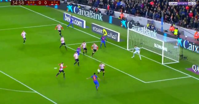 Luis Suárez scored his 100th Barcelona goal in some style