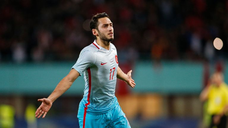 Former Manchester United target Hakan Çalhanoğlu agrees to go without pay for four months after ban
