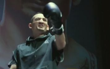 Max Holloway stops workout to punk cheeky heckler