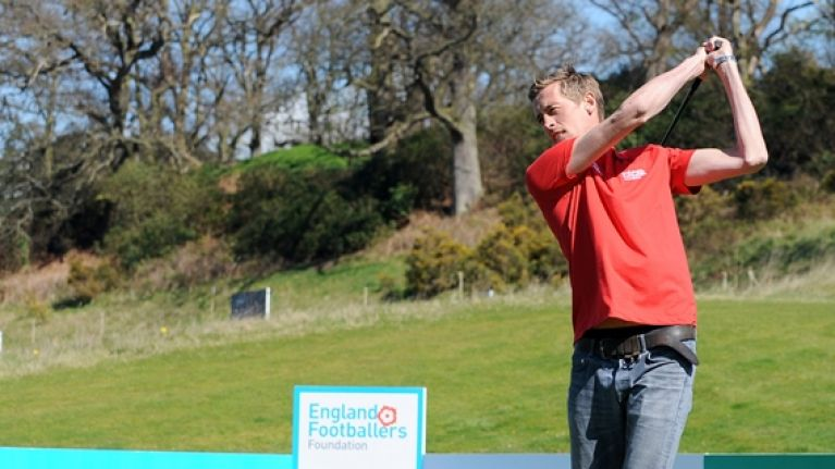 Peter Crouch playing golf sparks a very valid question