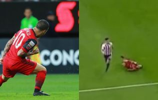 Blatant suckerpunch remarkably goes unpunished in CONCACAF Champions League final