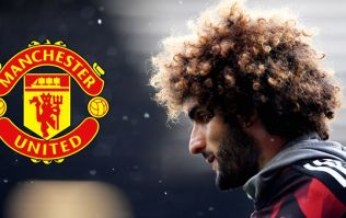 Marouane Fellaini signs new contract with Manchester United