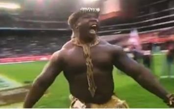 South African tribal dancers' attempt to scare England Rugby team fails spectacularly