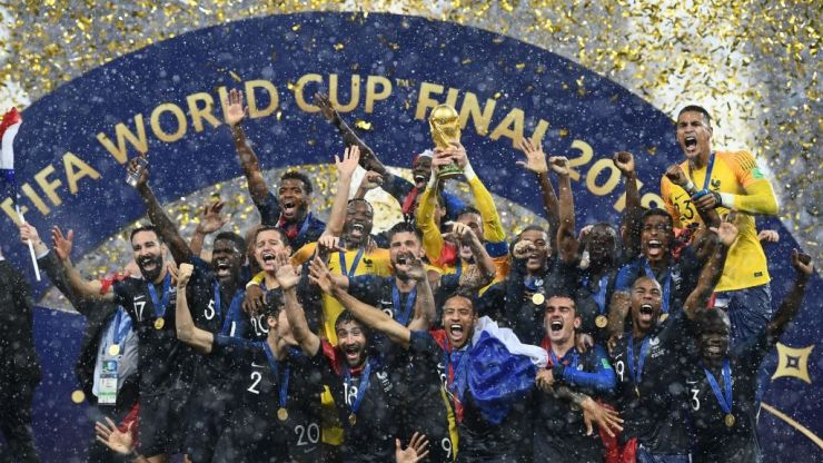 World Cup final viewers complain as view of trophy lift is blocked