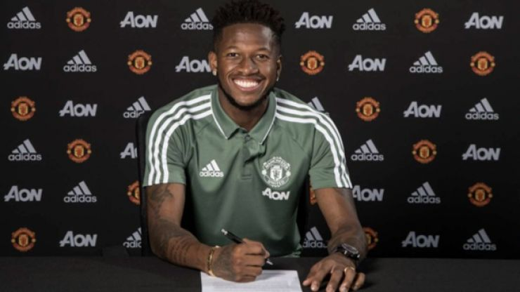 Fred convinced by Arsenal legend to choose Manchester United