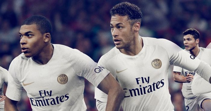the latest 30fdc 1d69f Paris Saint-Germain's new away kit might be the most ...