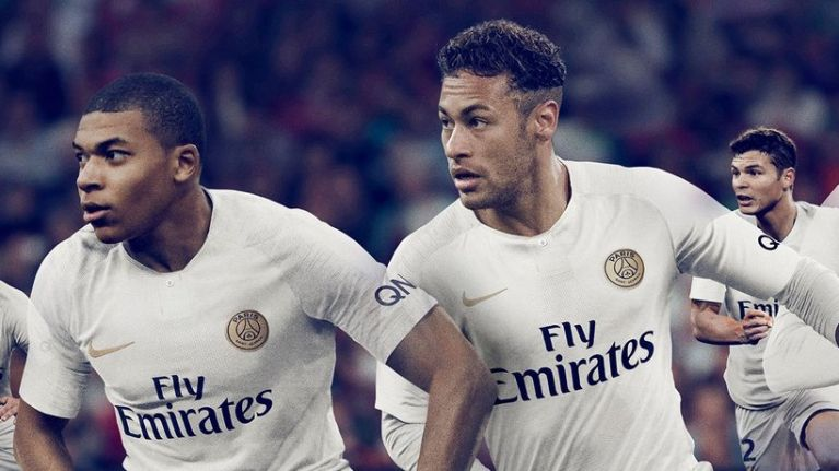 the latest 56a68 45e13 Paris Saint-Germain's new away kit might be the most ...