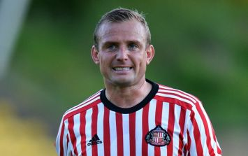 Sunderland's Lee Cattermole linked with shock move to Europe