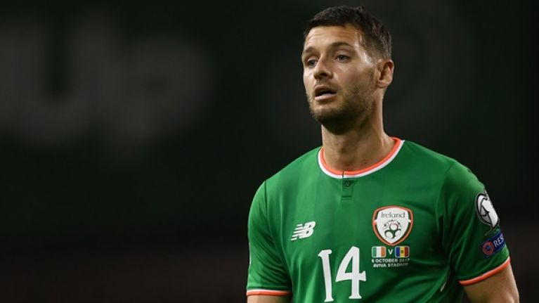 Wes Hoolahan completes return to the Championship