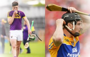 Does the hurler catch with their right or left hand?