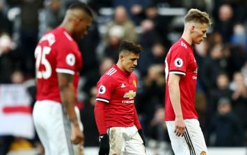 Manchester United players concerned over growing issues in midfield