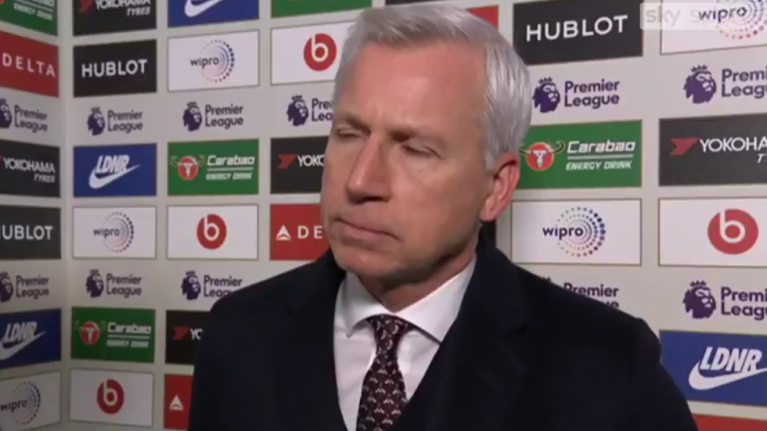 Alan Pardew deserves credit for reaction to one of worst interview questions