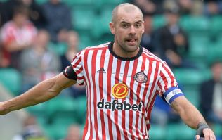Republic of Ireland midfielder Darron Gibson reportedly involved in car crash