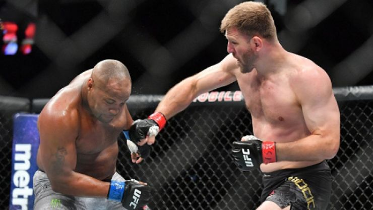 Stipe Miocic not impressed with Daniel Cormier at UFC 230, believes he should have gotten rematch