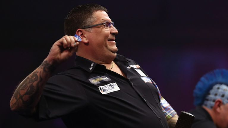 "Darts players accused of laying ""rotten egg smells"" to put off opponent"