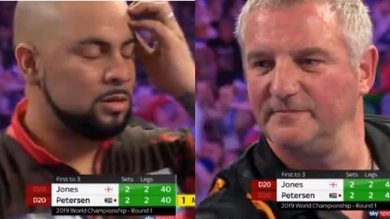 The tension was actually painful in Ally Pally as two men try their best to bottle it