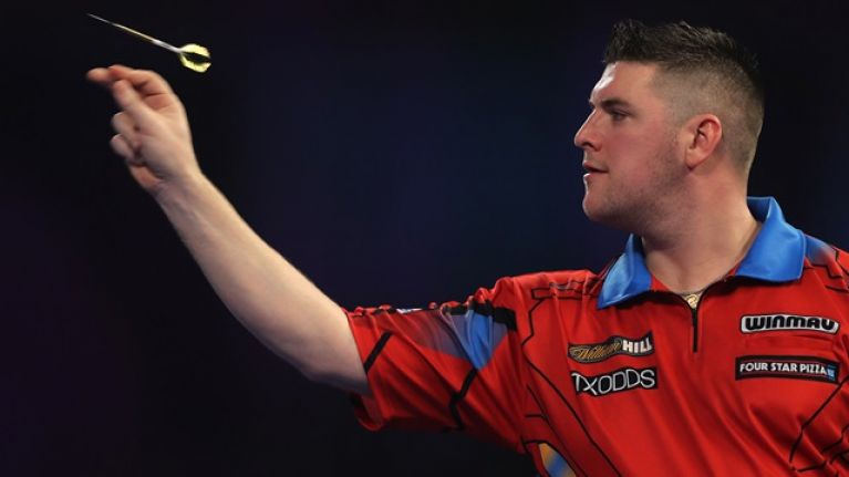 Derry's Daryl Gurney blasts his way to third round of World Championship
