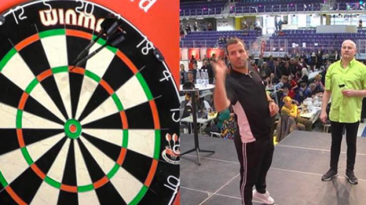 Rafael van der Vaart makes winning start to darts career before second round defeat