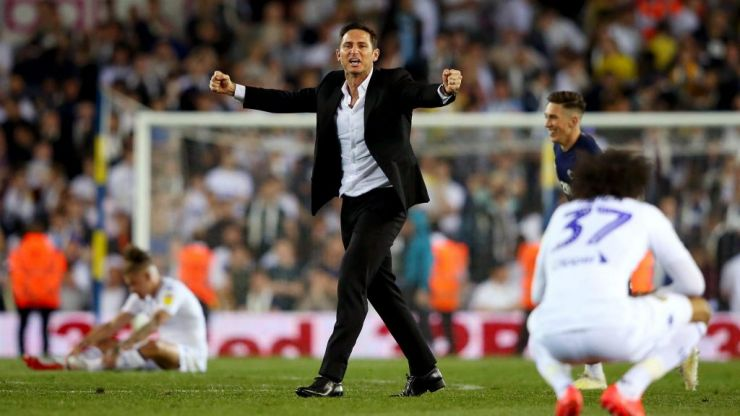 Super Frankie Lampard absolutely lording it in the Derby dressing room