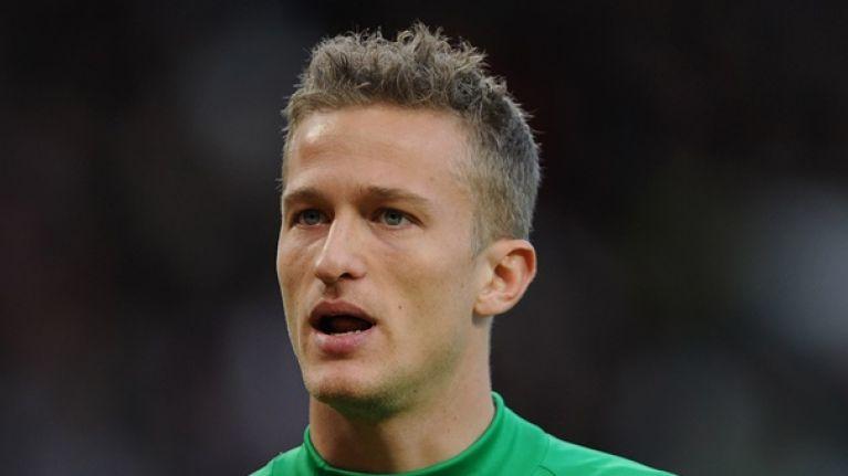 Former United goalkeeper makes harsh comparison between Ferguson and Moyes