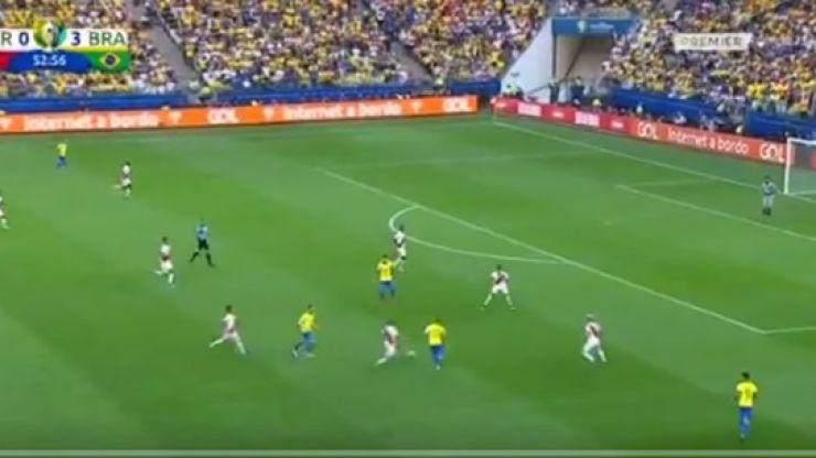 Dani Alves scores sensational Tiki-taka goal for Brazil