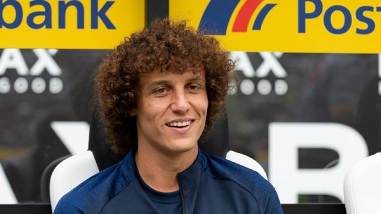 David Luiz looking for late move to Premier League rivals
