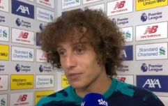 David Luiz tries to argue penalty call against Liverpool