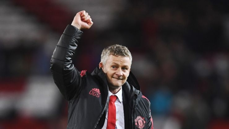 Ole Gunnar Solskjaer to meet with Ed Woodward over move for new defender