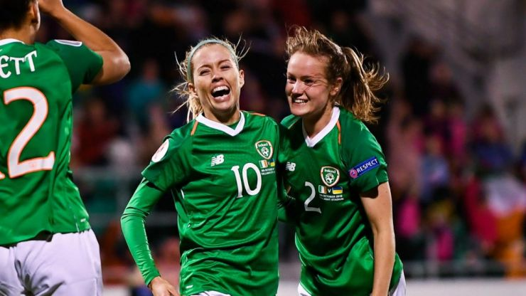 """""""Number 10... again!"""" - Majestic Denise O'Sullivan gains two new superfans"""