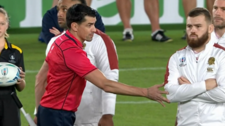 England refuse to budge and stand up to the Haka