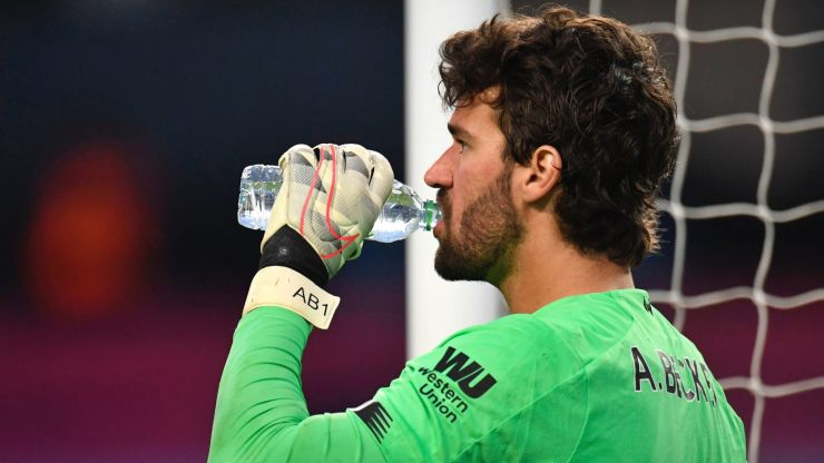 """That's not how it should be"" - Klopp demands greater protection for Alisson"