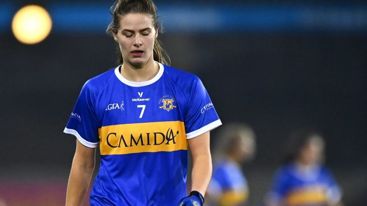Free given against Aishling Moloney for catching the ball in last minute