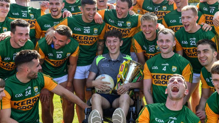 Injured Kerry player celebrates Munster title with teammates just two weeks after serious car accident