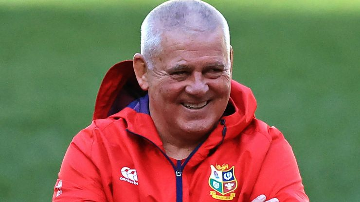 Warren Gatland with great response after being asked if he'll set up Twitter account