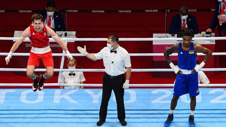 Aidan Walsh secures Ireland's first Olympic medal in boxing since 2012