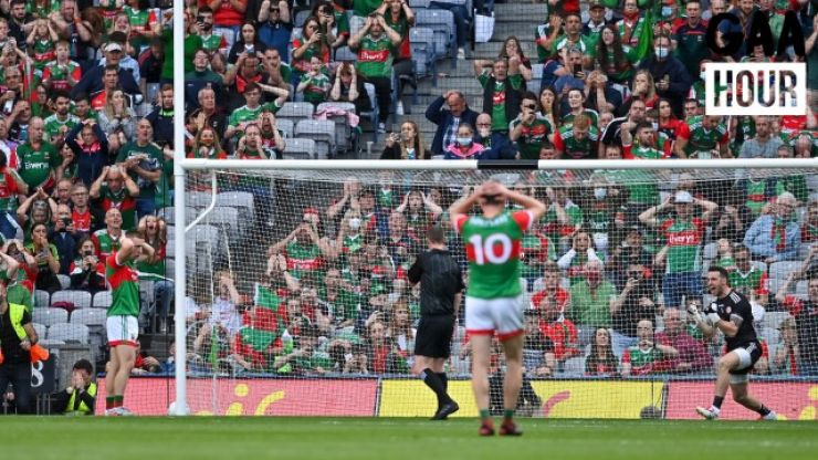 """""""Why is he going for the top right hand corner?"""" - The GAA Hour break down Ryan O'Donoghue's penalty miss"""