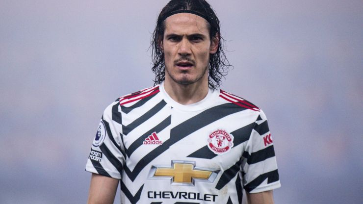 """Edinson Cavani """"angry"""" at racism ban and wants to leave Man United"""